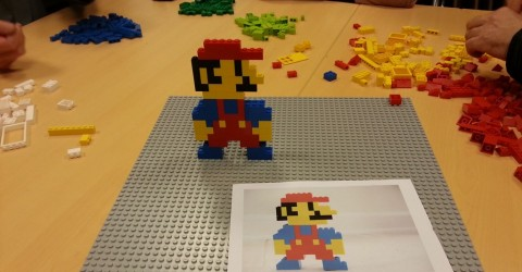 construction identique a celle de la feuille challenges lego mania